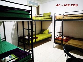 Moshi Moshi Probolinggo - Mix Dormitory For 1 Person Regular Plan