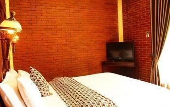 Rumput Hotel Yogyakarta - Kamar Manila Regular Plan