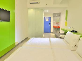 POP Hotel Stasiun Kota Surabaya - POP! Room Regular Plan