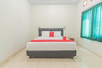 RedDoorz @ Pemuda Street Cirebon - RedDoorz Room LM 5%