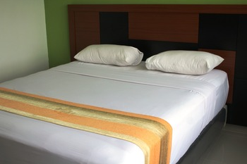 Hotel Grand Karawang Indah Karawang - Standard Room Only Regular Plan