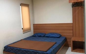 100 Meters Toll Access Kopo Hostel Bandung - Deluxe King Room Regular Plan