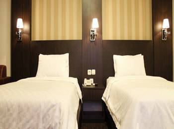 Stefani City Hotel   - Superior Room Only Special Promo Pegipegi!!!