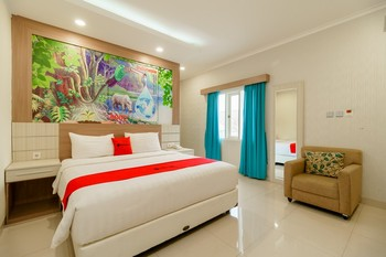 RedDoorz Plus @ Point Phila Cihampelas Bandung - RedDoorz Suite Room LM