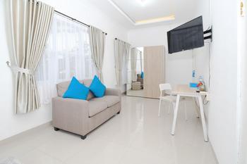 Airy Eco Syariah Petukangan Kemajuan 45B Jakarta Jakarta - Deluxe Double Room Only Special Promo Jan 28