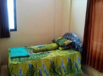Imam Bonjol Hostel Semarang - Single Room with Shared Bathroom Regular Plan