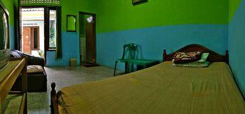 Homestay Ayu Ganesha Syariah Jogja Yogyakarta - Standard Room Regular Plan