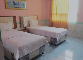 Hotel Isabella Maluku Tengah - Superior Room Breakfast  Regular Plan