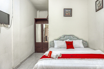 RedDoorz Syariah @ Raya Tajem Maguwo Yogyakarta - RedDoorz Limited Sale Regular Plan