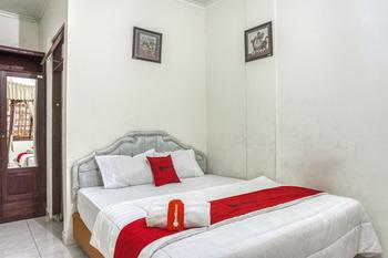RedDoorz Syariah @ Raya Tajem Maguwo Yogyakarta - RedDoorz SALE 125k Regular Plan