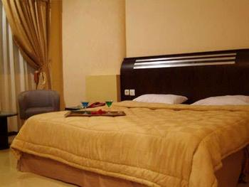 Grand Sirao Hotel Medan - Deluxe Room Only Regular Plan