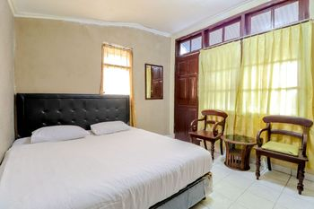 Golden Inn 1 Yogyakarta - Deluxe Room Only NR Regular Plan