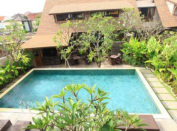 Puri Sabina Bed and Breakfast Bali - Pool View Room Basic Deal 25%