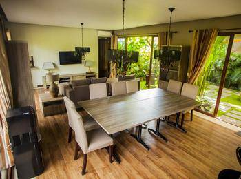 Puri Sabina Bed and Breakfast Bali - Three Bedroom Villa Last Minute