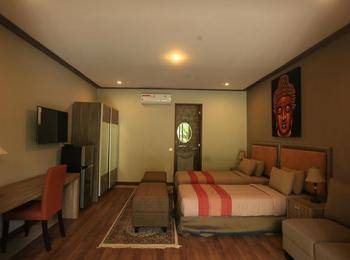 Puri Sabina Bed and Breakfast Bali - Pool Deck Room #WIDIH - Weekend Promotion Pegipegi