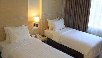 Horison Hotel Sukabumi by MGM Sukabumi - Deluxe Twin Room - Free Mini Bar Regular Plan