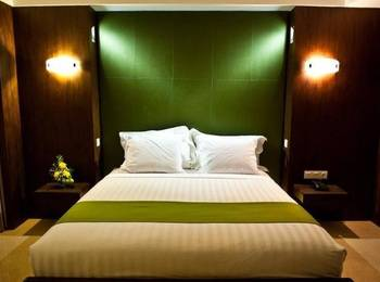 Hotel Crown Tulungagung - Suite Room Regular Plan