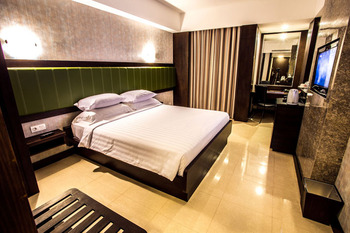 Hotel Crown Tulungagung - Deluxe Double SAFECATION