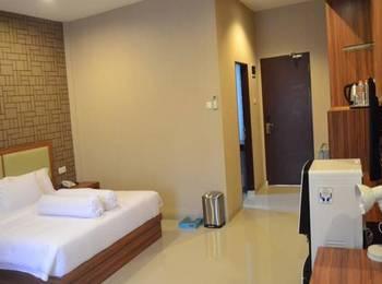 Grand Central Medan Medan - Grand Deluxe Room Regular Plan