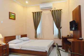 Mirda Gratia Hotel Puncak - Deluxe Room Regular Plan