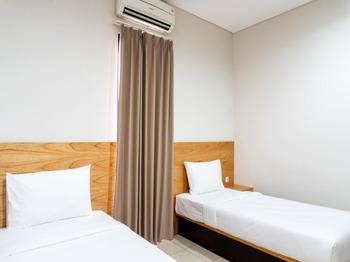 LN9 Bandung Guest House Bandung - Deluxe Twin Room Regular Plan