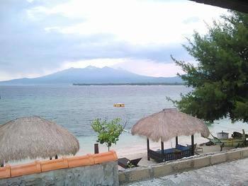 Meno Mojo Beach Resort Lombok - Suite Villa Last Minute Offer