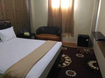 Tiara Guest House Banjarmasin - Deluxe Room Only Regular Plan