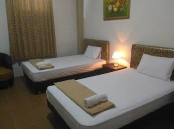 Tiara Guest House Banjarmasin - Deluxe Twin Room Pegipegi Promotion
