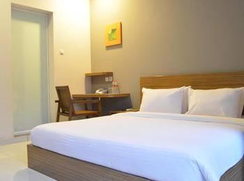 Hotel Sonic Semarang - Deluxe Double - Room Only Regular Plan