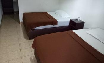 Ninety Nine Guesthouse Lombok - Standard Twin Regular Plan