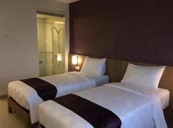 The Evitel Hotel Batam Batam - Deluxe Twin Room Regular Plan