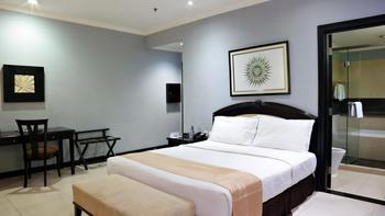 Puri Denpasar Jakarta - Deluxe Double Room Only STAY LONGER