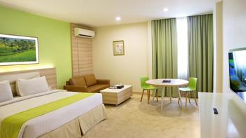 Puri Denpasar Jakarta - Premier Suite with breakfast STAY LONGER