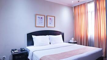 Puri Denpasar Jakarta - Superior Double Room Only STAY LONGER