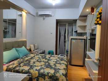 Heri Rooms @ Apt Green Lake View Tangerang Selatan - Studio Room Only NR Minimum Stay 2 Nights
