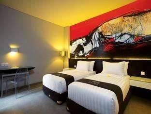 Loft Legian Bali - LOFT FUNtastic Room Only Regular Plan