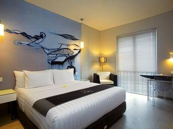 Loft Legian Bali - Deluxe Room with Refreshment Basic Deal