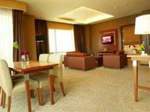 Swiss-Belhotel Manado - Royal Suite Super Save