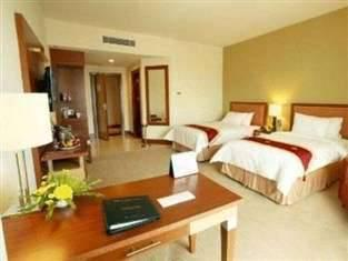 Swiss-Belhotel Manado - Deluxe Double Super Save