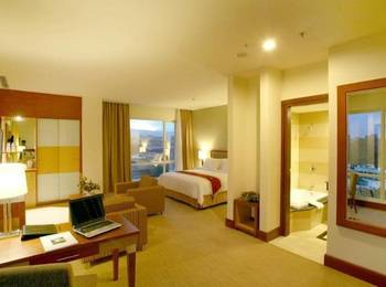 Swiss-Belhotel Manado - Executive Club Stay In Love