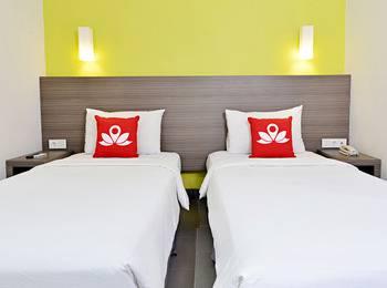 ZenRooms Pakuan Baranangsiang Bogor - Double Room Regular Plan
