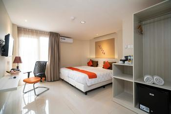 The Gloria Suites Jakarta - Business Room Only Minimal Stay 2 Malam