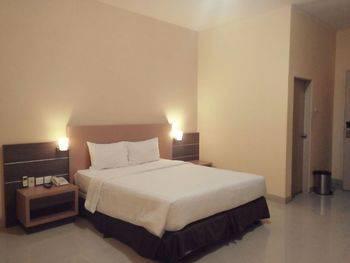 Simalungun City Hotel Siantar - Junior Deluxe Regular Plan