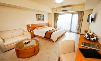 Puri KIIC Golf View Hotel Karawang - Deluxe Room LUXURY - Pegipegi Promotion