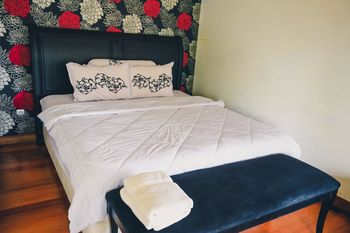 Roemah Telo Boutique Hotel Pasuruan - Deluxe Double Room Regular Plan