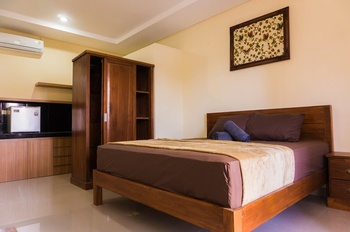 Cakra House Bali - Deluxe Balcony Room Only Regular Plan