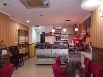 Hotel California Jakarta - Standard Room dengan Sarapan SEMANGAT ASIAN GAMES