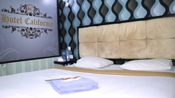 Hotel California Jakarta - Standard Room Only NEW NORMAL