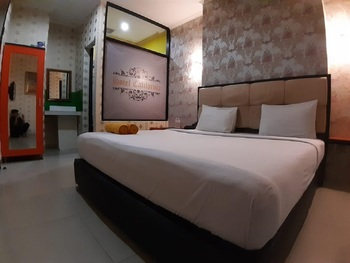Hotel California Jakarta - deluxe room only NEW NORMAL