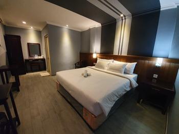Mutiara Timor Hotel Surabaya - Deluxe Room Breakfast Regular Plan